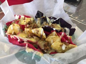 backyard eats nachos