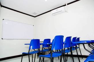 classroom inside conversa